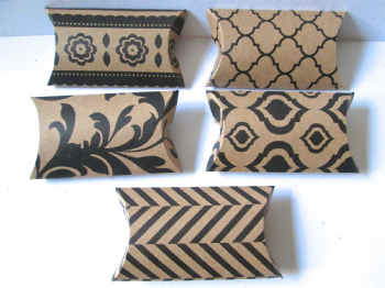 10 Large Pattered Kraft Card  Pillow Favour Boxes Black and white